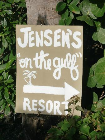 "Jensen's ""On the Gulf"" 사진"