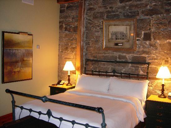 Auberge du Vieux-Port: Room 301