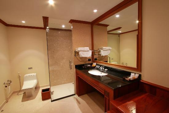 Andaman Princess Resort & Spa: Bathroom