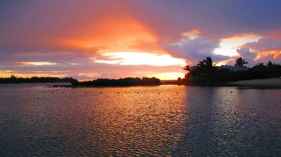 Four Seasons Resort Mauritius at Anahita: Sunrise 2