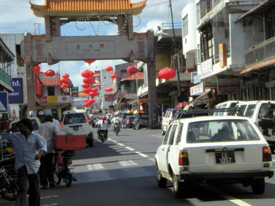 L'entrée de China Town à Port Louis