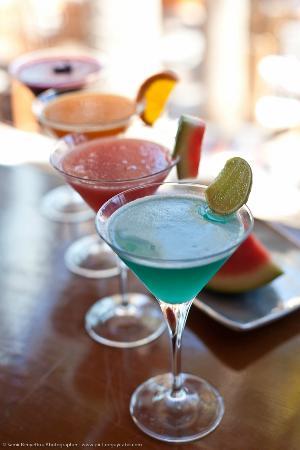 Casa Natalia: Mi Cocina´s Martini at El Deck Martini Bar