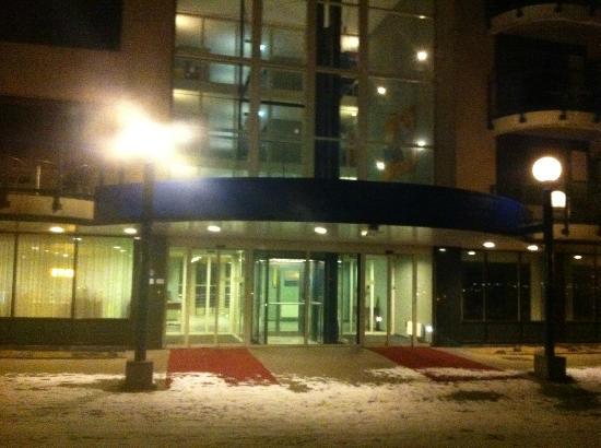 Holiday Inn Ijmuiden Seaport Beach: L'ingresso.