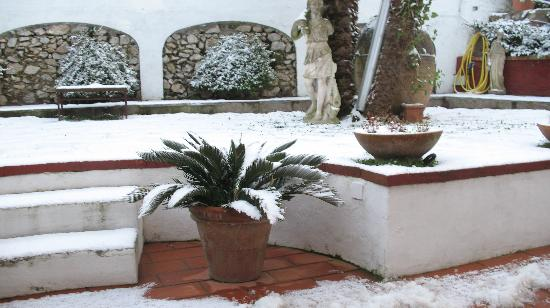 Mediterraneo: when it snowed in capri