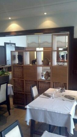 Les Trois Fontaines : Restaurant