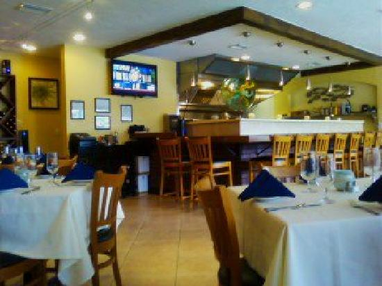 bistro ATLANTIS: Quaint & Delicious!