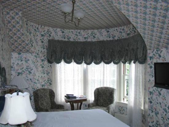 Gosby House Inn - A Four Sisters Inn: Steinbeck Room