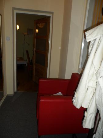Platan: Hall de entrada - apenas neste sofa era possível apanhar wifi