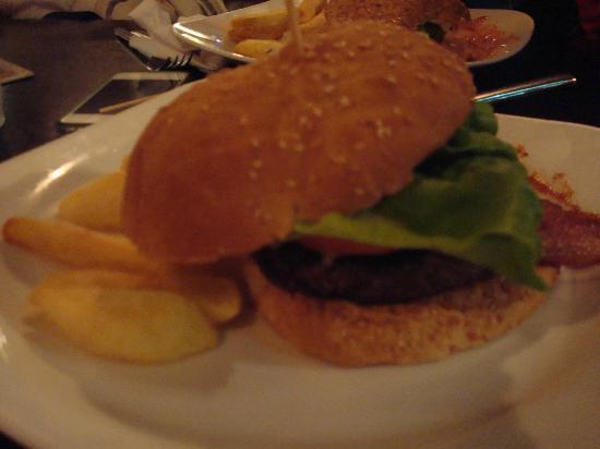 The Porterhouse Central: Old Smokey burger