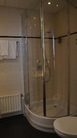 Conscious Hotel Museum Square: La salle de bains