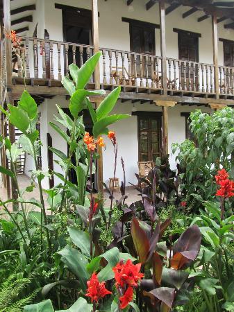 El Albergue Ollantaytambo: Hotel grounds