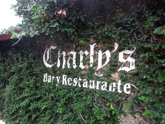 Charly's Bar & Restaurant : Charly's Bar + Restaurante