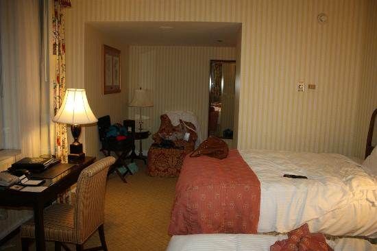The Fairmont Olympic Seattle: We lucked out with a corner room Lots of windows!