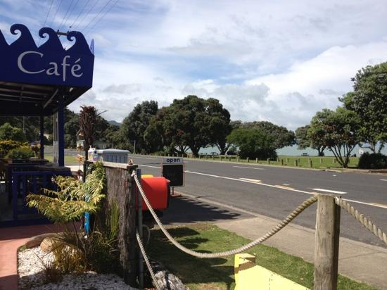 Waiomu Beach Cafe: quite a view!