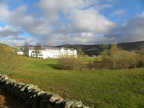 Macdonald Cardrona Hotel, Golf & Spa: The back of the hotel