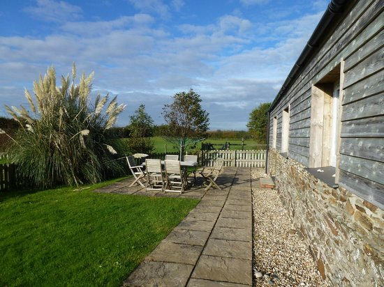 Pollaughan Holiday Cottages: Willows patio