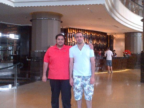 InterContinental Bangkok: lobby with my friend