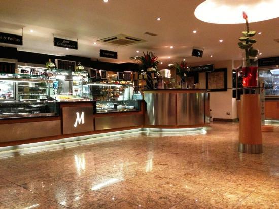 Mumtaz Restaurant : M6