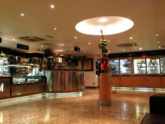 Mumtaz Restaurant : M10