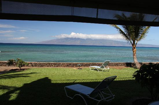Lokelani Condominiums: view from lanai