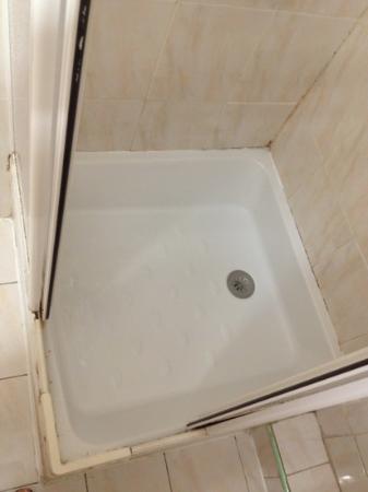 Villa Saint Exupery Beach : box do banheiro (minúsculo)