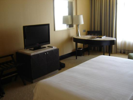 NagaWorld Hotel & Entertainment Complex: Bedroom