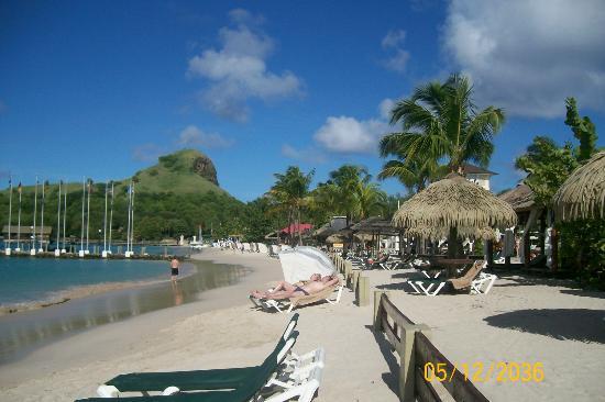 Sandals Grande St. Lucian Spa & Beach Resort: Beach