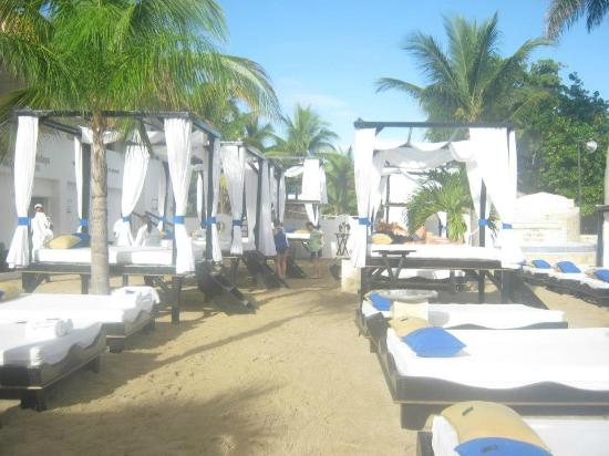 The Tropical at Lifestyle Holidays Vacation Resort: V.I.P Beach