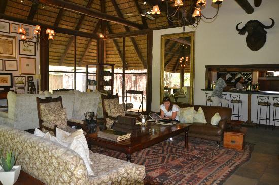 andBeyond Ngala Safari Lodge: Outra sala