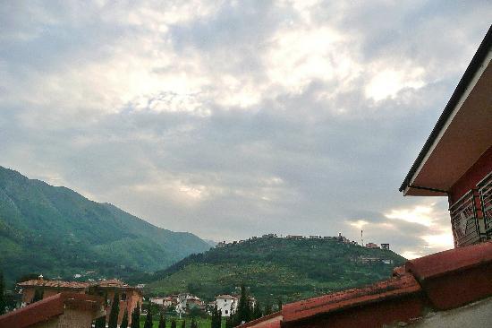 Hotel La Marchesina, widok na Teggiano