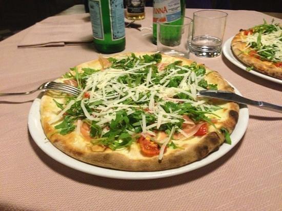 Ortigia Si Mangia : pizza eolo