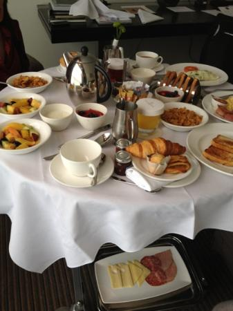 The Lowry Hotel: our huge in full breakfast for 2.