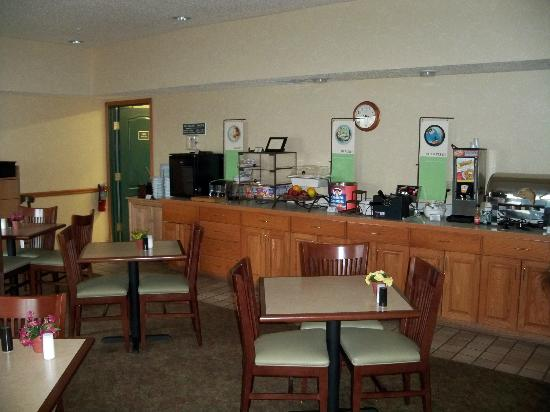 Country Inn & Suites By Carlson, Big Flats (Elmira): Breakfast Area