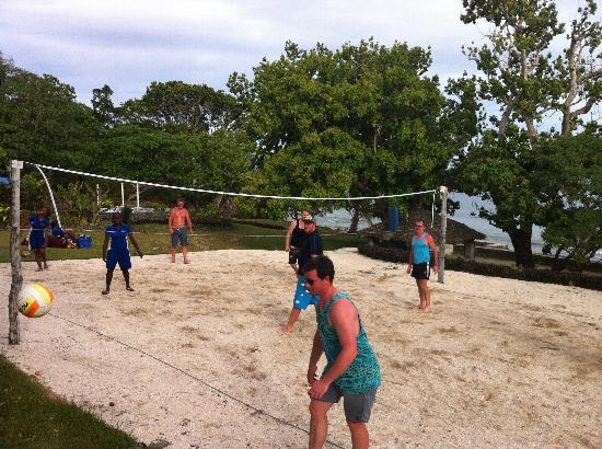 Benjor Beach Club: Volleyball
