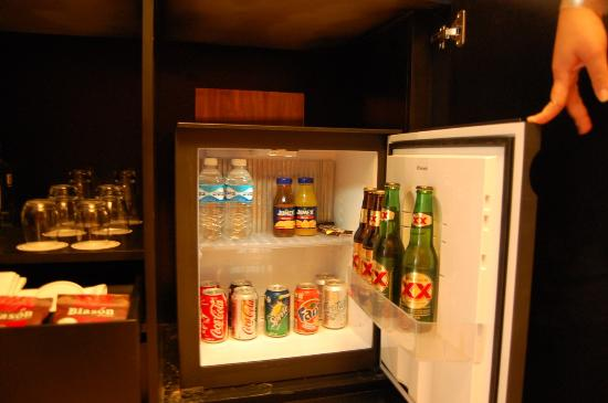 Blue Diamond Luxury Boutique Hotel: Stocked Mini Bar