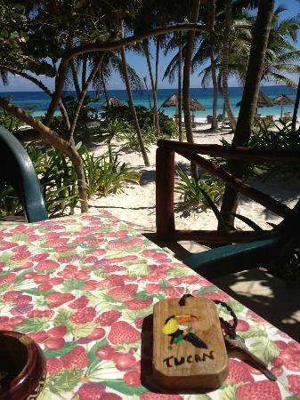 Tita Tulum Hotel Ecologico: Breakfast al fresco