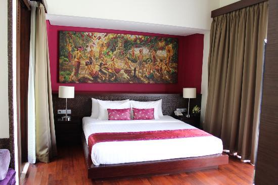 ماهاجيري فيلاز سانور: Our room 