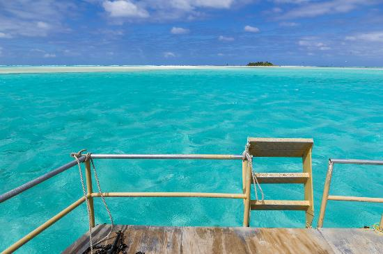 Aitutaki Adventures: Blue...