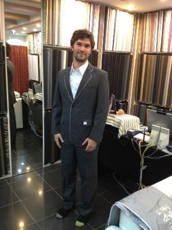 Star's Fashion Cape Panwa : Tuxedo suit