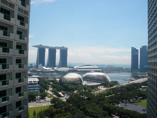 Fairmont Singapore : View from room 22nd Floor North Tower