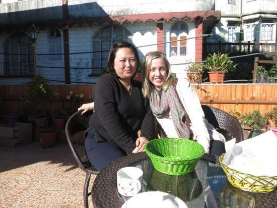 Magnolia Residency: Sonia on the left is the owner and she is the best cook and extremely kind hearted. Sonia cooks