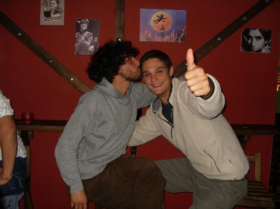 The Red Pub : buenos amigos