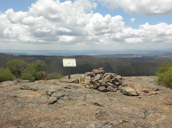 Mt Kaputar National Park : View from the Mt Lindsay Tops platform