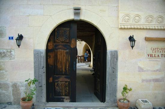Cappadocia Estates Hotel: Beautiful Doors