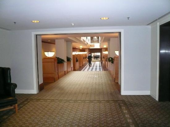 Hyatt Hotel Canberra: Hotel Interior