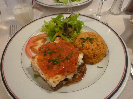 La Voie Lactee: Moussaka, le plat du jour