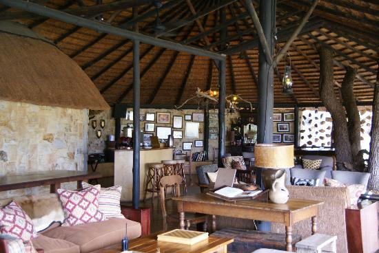 Motswari Private Game Reserve : Lounge area