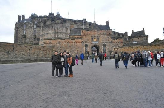 Edinburgh Castle: Esplanade