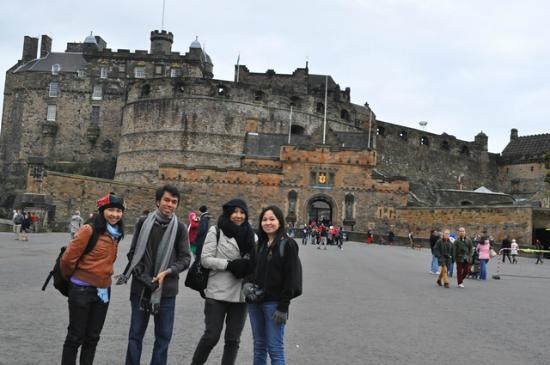 Kastil Edinburgh: The Edinburgh Castle