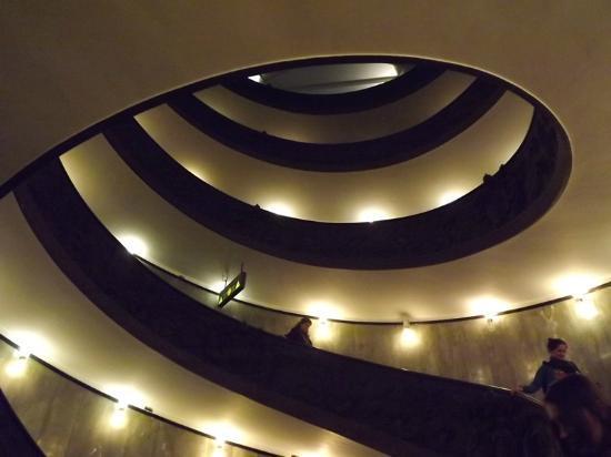 Museus Vaticanos: Scala a chiocciola, sera